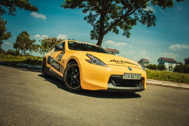 Xe the thao Nissan 370Z do canh gio soi carbon o Sai Gon hinh anh 1