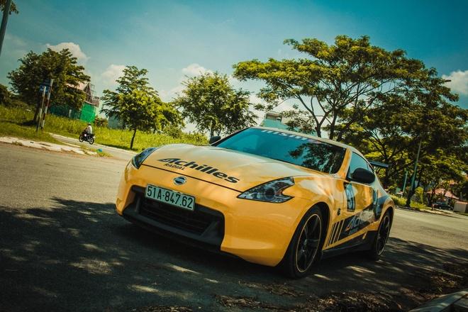 Xe the thao Nissan 370Z do canh gio soi carbon o Sai Gon hinh anh 4