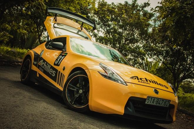 Xe the thao Nissan 370Z do canh gio soi carbon o Sai Gon hinh anh 6