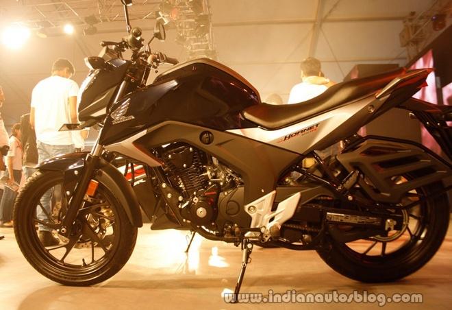 5 naked bike 150 phan khoi dang chu y hinh anh 2
