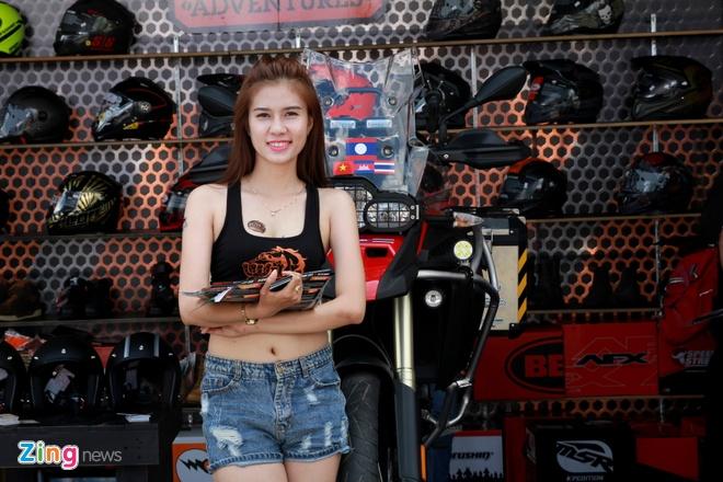Dan chan dai tai Vietnam Motorbike Festival 2015 hinh anh 3