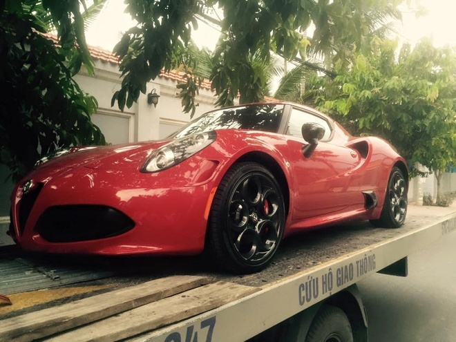 Xe the thao hang doc Alfa Romeo 4C ban dac biet ve Viet Nam hinh anh