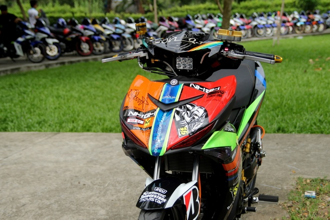 Exciter 150 do gap don va do choi hieu cua biker Sai Gon hinh anh
