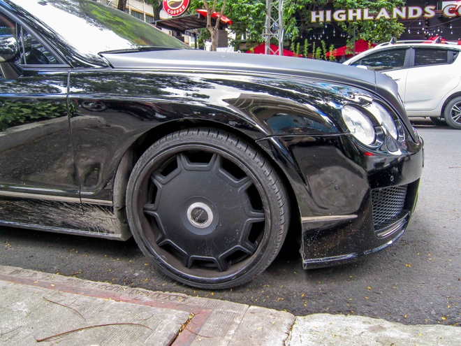Bentley do Mansory phong cach ham ho o Sai Gon hinh anh 5