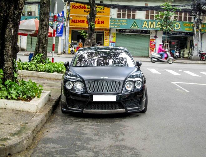 Bentley do Mansory phong cach ham ho o Sai Gon hinh anh 1