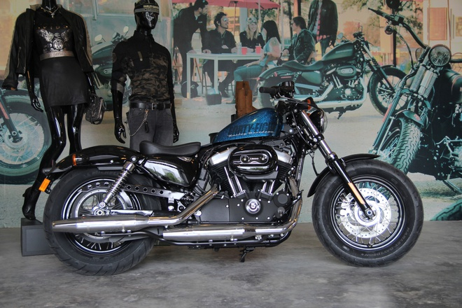 Chi tiet Harley Davidson Forty-Eight moi giam gia tai VN hinh anh