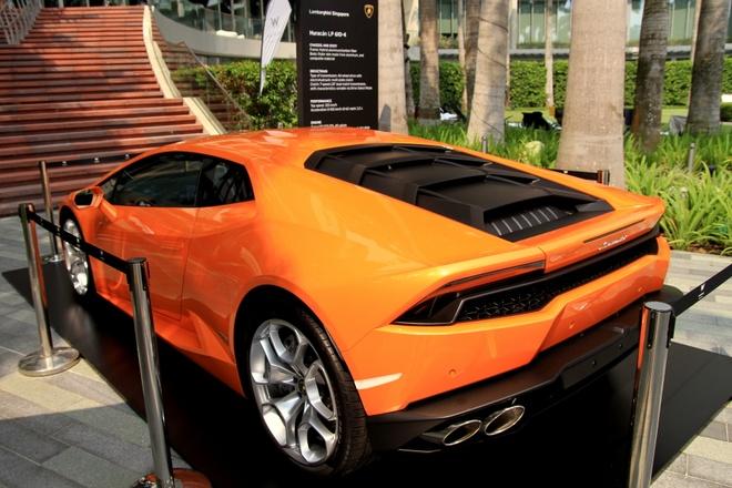 Vi sao Lamborghini khong dung dong co tang ap? hinh anh