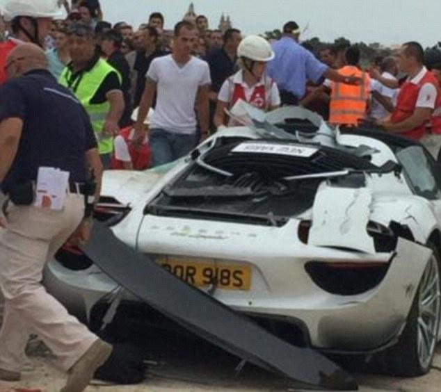 Trieu phu Anh gap nan voi Porsche 918 hinh anh