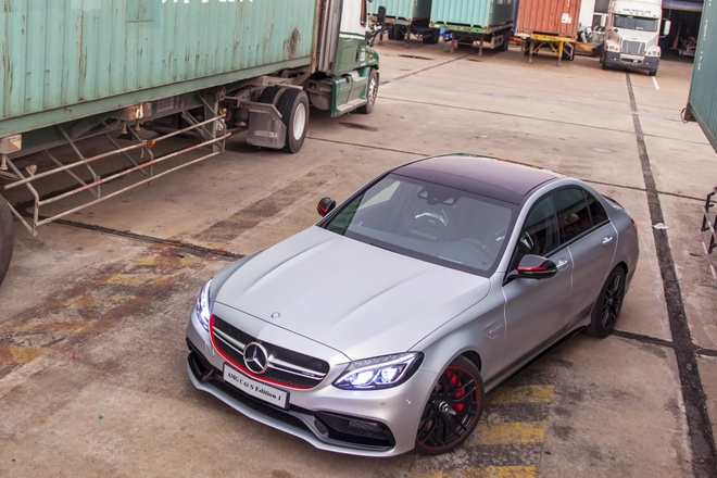 Mercedes C63 gia 4,6 ty dong tai Viet Nam hinh anh