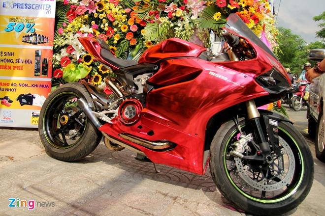 Yamaha R3 hoi ngo dan sieu moto tai Sai Gon hinh anh 3
