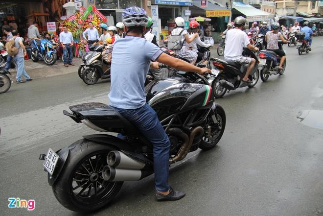 Yamaha R3 hoi ngo dan sieu moto tai Sai Gon hinh anh 6