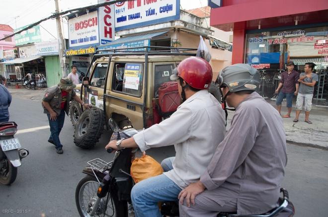 Dan xe la dieu hanh o Binh Duong hinh anh 4
