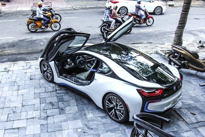 Bo doi BMW i8 dau tien cua ong chu khach san o Da Nang hinh anh 4
