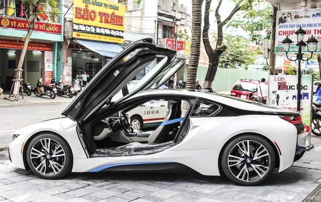 Bo doi BMW i8 dau tien cua ong chu khach san o Da Nang hinh anh 5