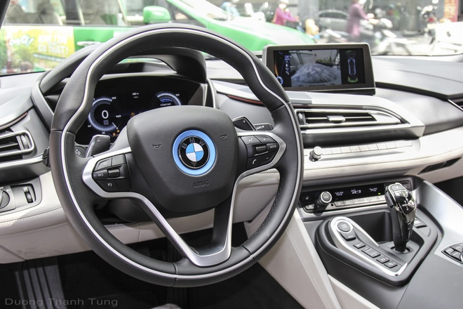 Bo doi BMW i8 dau tien cua ong chu khach san o Da Nang hinh anh 6