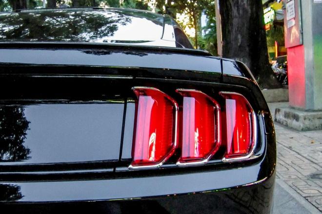 Ford Mustang 2015 ban ky niem 50 nam xuat hien tai Sai Gon hinh anh 5