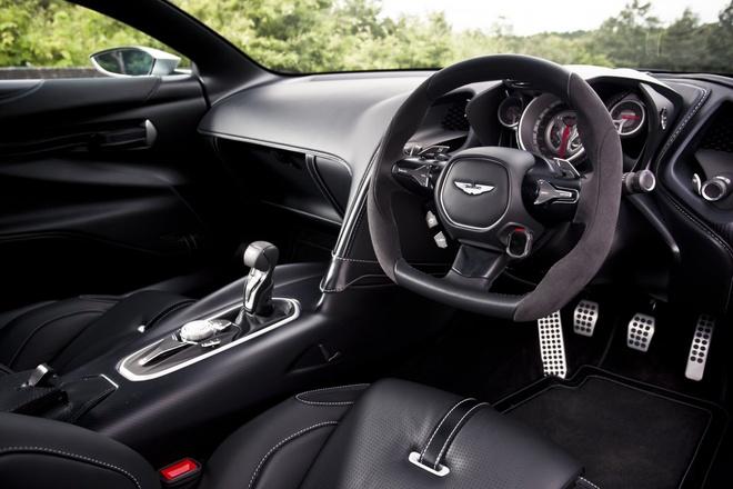Sieu xe Aston Martin cua diep vien 007 co kha nang chong dan hinh anh 2