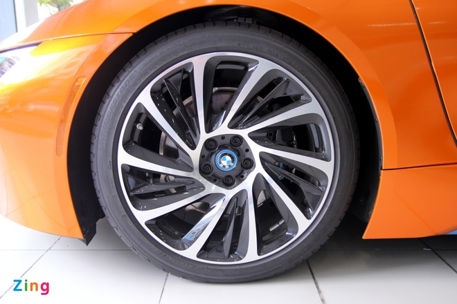 Chi tiet BMW i8 mau doc o Sai Gon hinh anh 8
