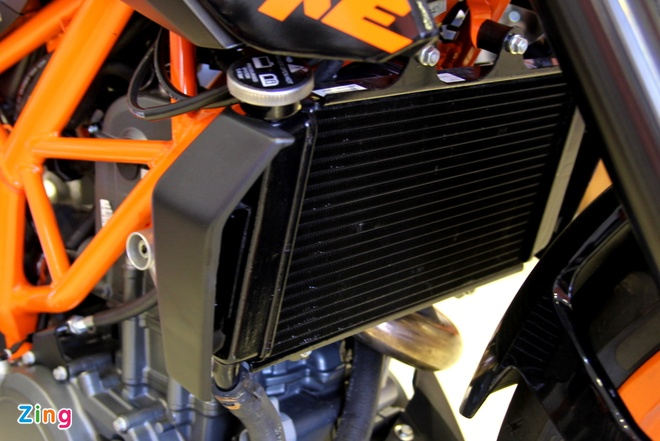 Chi tiet naked bike KTM 250 Duke vua ra mat tai Viet Nam hinh anh 6