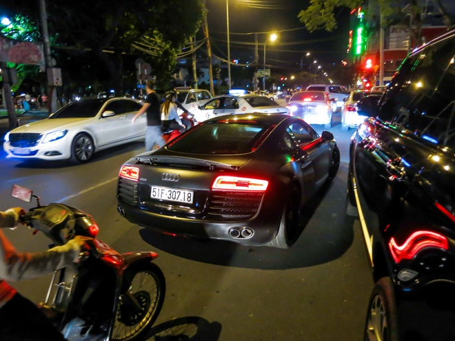 Nghe thu tieng po do tren Audi R8 hinh anh