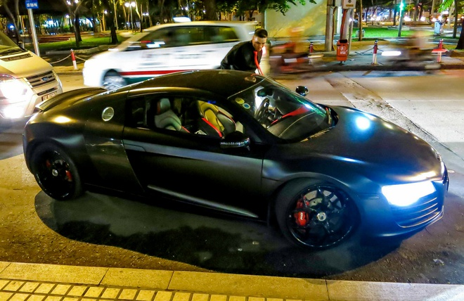 Audi R8 do den LED doc dao o Sai Gon hinh anh 2