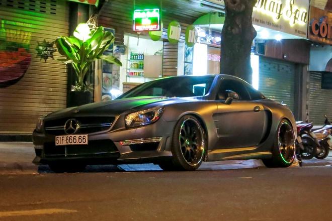 Mercedes SL bien ngu quy 6 o Sai Gon hinh anh 3