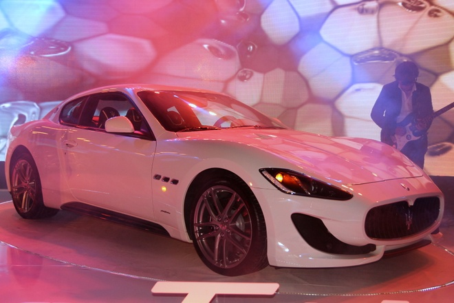 Chi tiet Maserati GranTurismo Sport chinh hang dau tien hinh anh