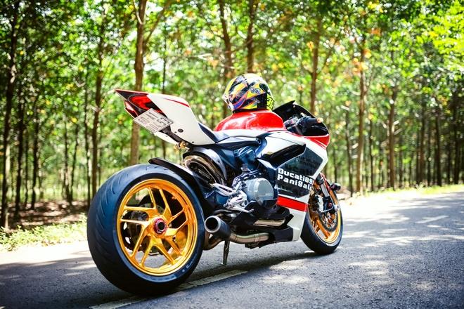Ducati 899 Panigale voi mam ma vang cua biker Dong Nai hinh anh 1