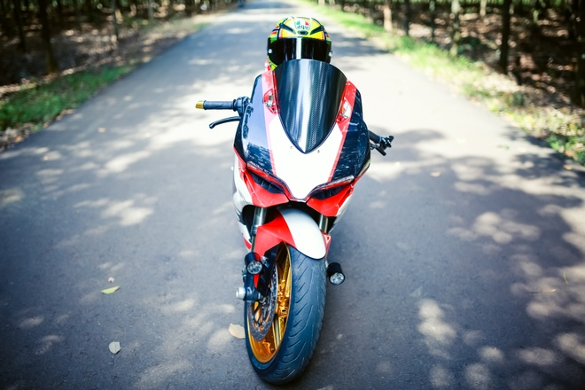 Ducati 899 Panigale voi mam ma vang cua biker Dong Nai hinh anh 5