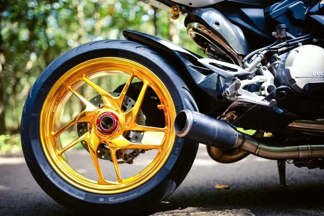Ducati 899 Panigale voi mam ma vang cua biker Dong Nai hinh anh 2