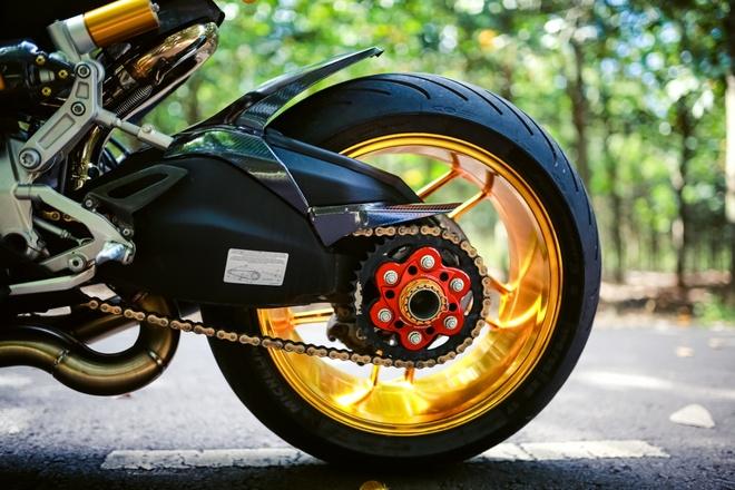 Ducati 899 Panigale voi mam ma vang cua biker Dong Nai hinh anh 3