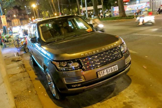 Range Rover Black Edition mau doc o Sai Gon hinh anh 1