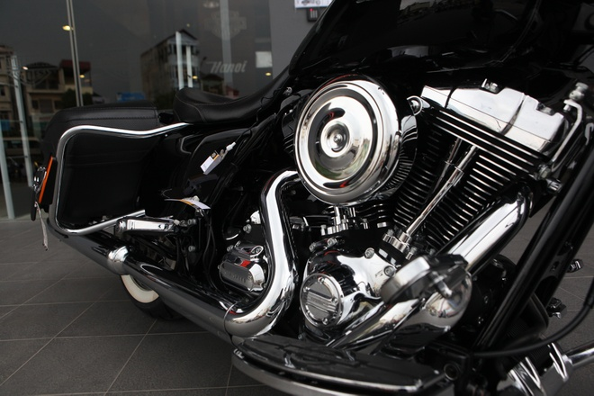 Harley Road King Classic gia hon 1 ty dong tai Viet Nam hinh anh 3