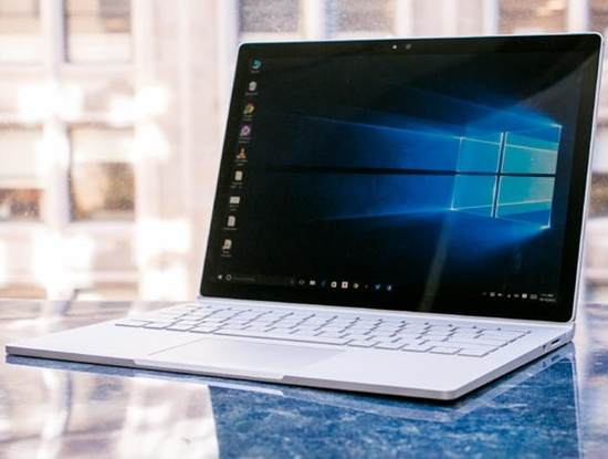 Microsoft Surface Book va Surface Pro 4 gap hang loat loi hinh anh