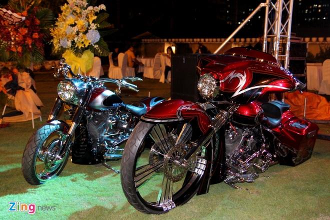 1.000 biker hoi tu o Sai Gon khoe xe Harley doc hinh anh 10