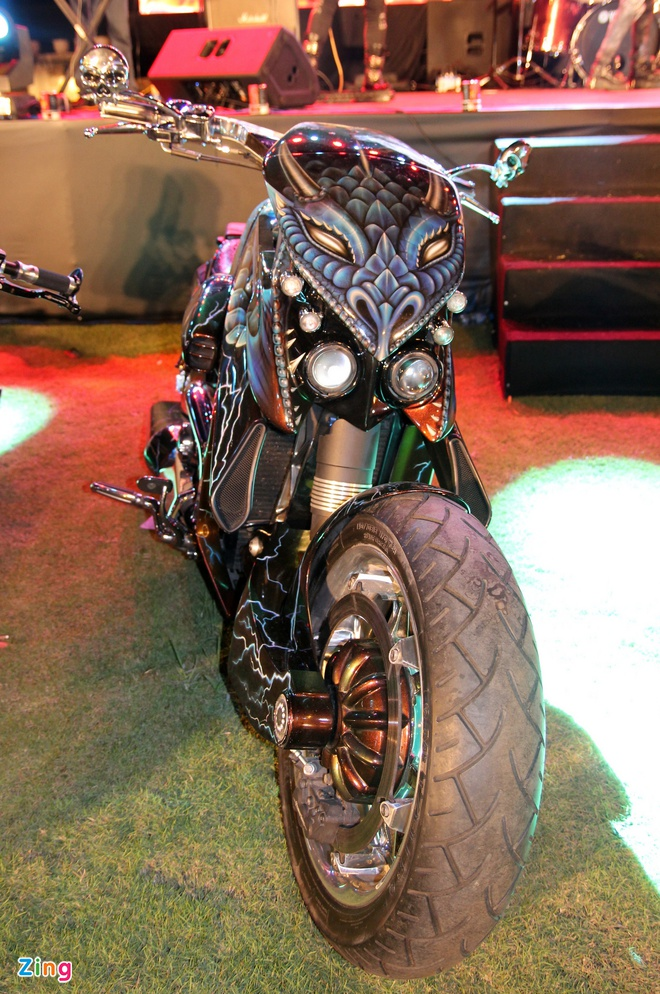 1.000 biker hoi tu o Sai Gon khoe xe Harley doc hinh anh 12