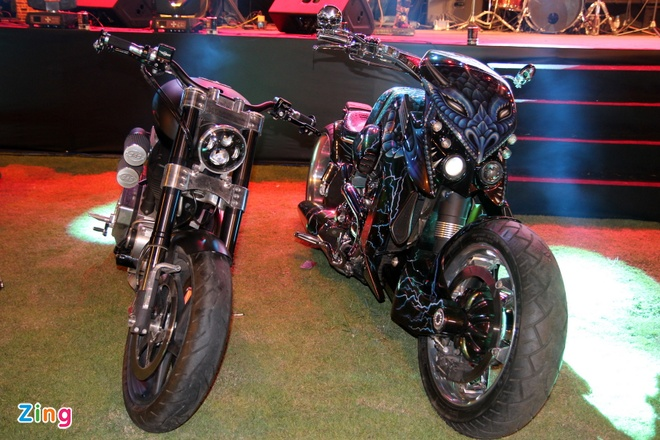 1.000 biker hoi tu o Sai Gon khoe xe Harley doc hinh anh 14