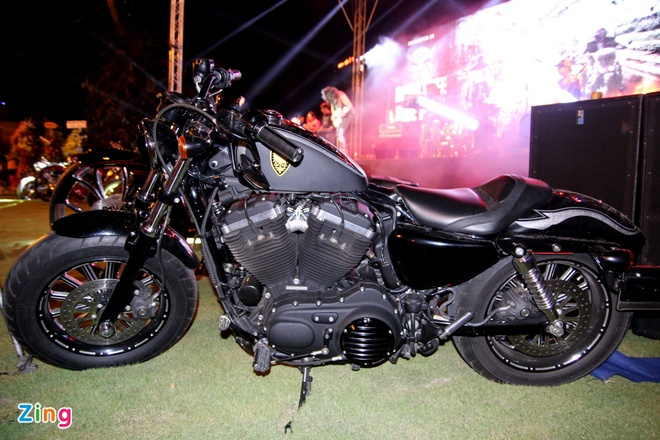 1.000 biker hoi tu o Sai Gon khoe xe Harley doc hinh anh 16