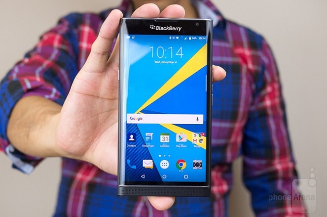 6 smartphone khac nguoi ra mat 2015 hinh anh