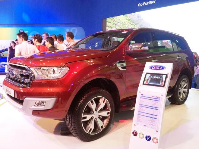 Ford Everest doi moi tai Thai Lan gia bao nhieu? hinh anh