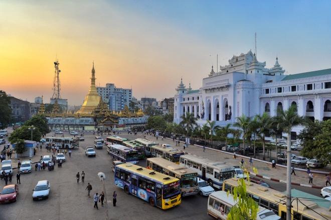 Xe hoi o Myanmar dat hay re so voi Viet Nam? hinh anh 4