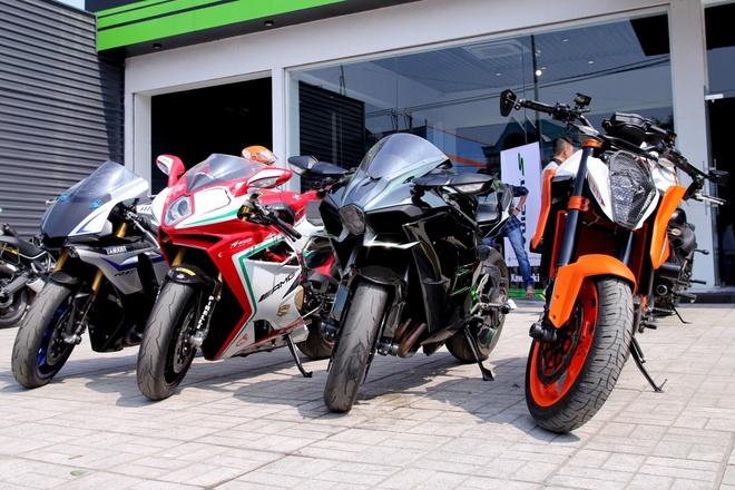Kawasaki Ninja H2 cung dan sieu moto hoi tu o Sai Gon hinh anh