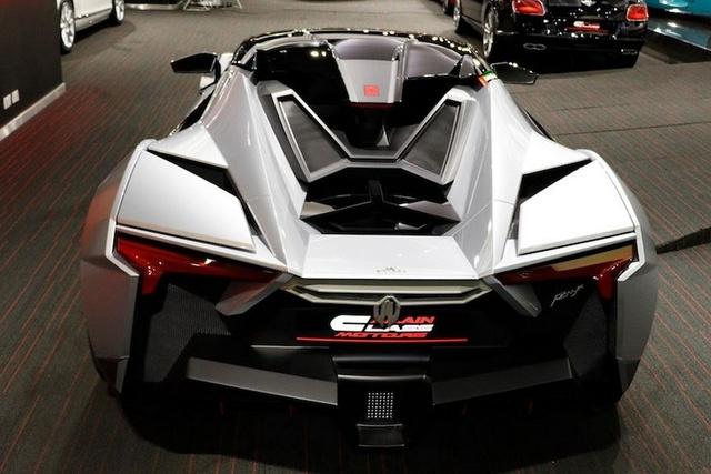 Doi thu Bugatti Veyron xuat dau lo dien hinh anh