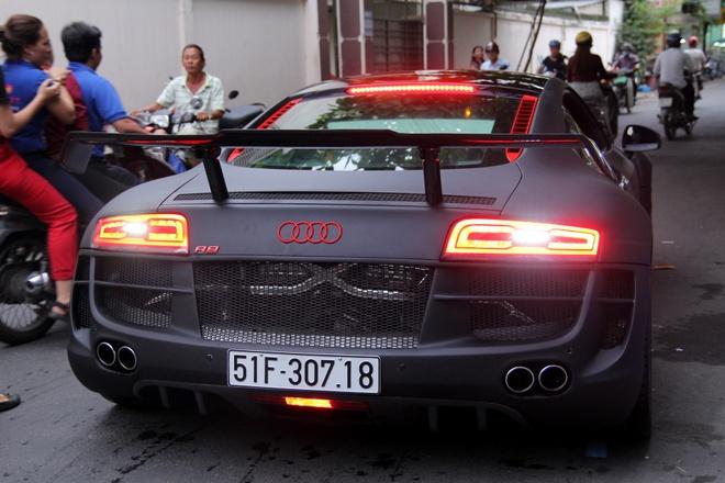 Chi tiet sieu xe Audi R8 do carbon hang doc o Sai Gon hinh anh