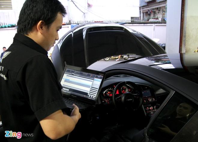 Chi tiet sieu xe Audi R8 do carbon hang doc o Sai Gon hinh anh 14