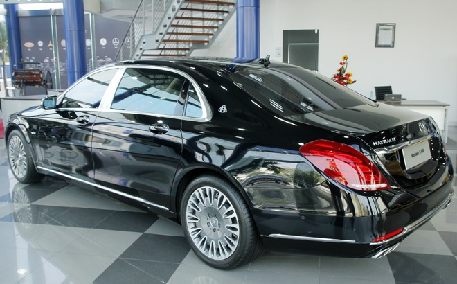 Mercedes ban duoc 3.500 xe sang o Viet Nam nam 2015 hinh anh