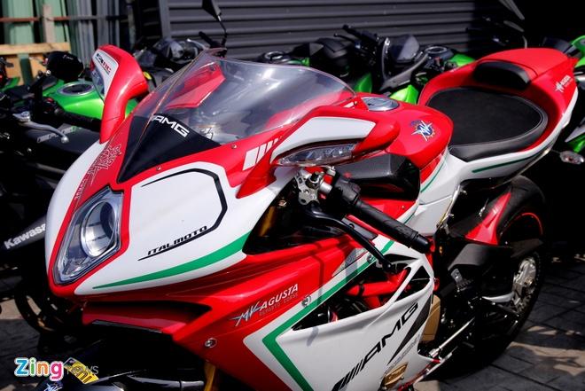 Sieu moto MV Agusta F4 RC doc nhat tai Viet Nam hinh anh 12