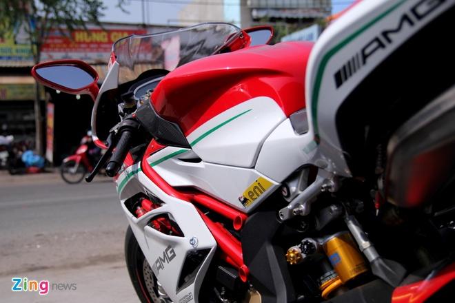 Sieu moto MV Agusta F4 RC doc nhat tai Viet Nam hinh anh 15