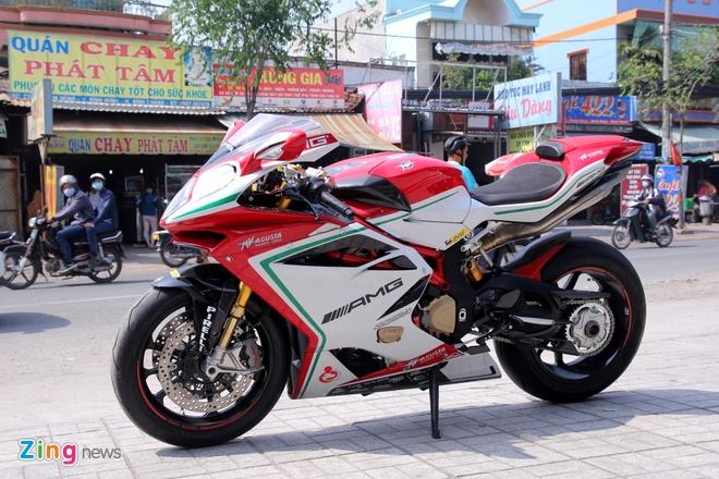 Sieu moto MV Agusta F4 RC doc nhat tai Viet Nam hinh anh 2