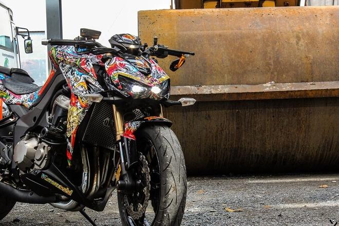 Kawasaki Z1000 do phong cach mafia Nhat cua biker Sai Gon hinh anh 3